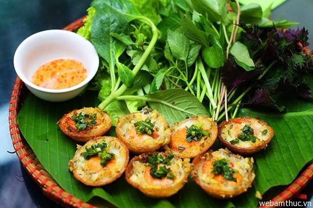 Hình 1 – Bánh khọt là một trong những món ăn ngon ở Vũng Tàu