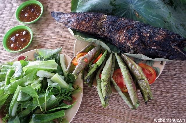 Hình 1 – Cá lóc nướng cuốn lá sen non, món ăn dân dã miền sông nước