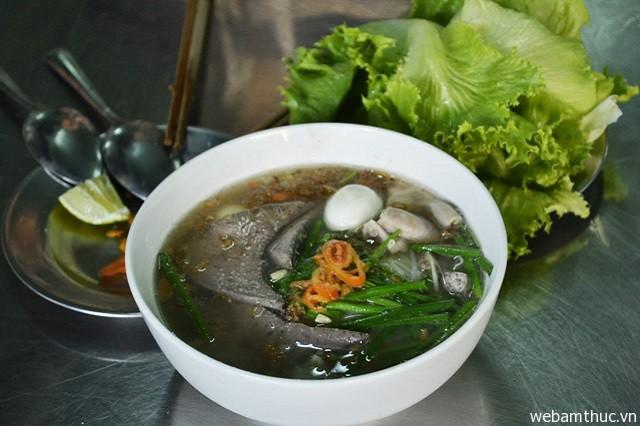 Hình 10 - Hủ tiếu là môt trong những món ăn ngon quen thuộc ở Vũng Tàu