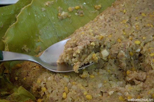 Hình 9 – Mắm bò hóc rất quan trọng trong cách nấu món bún mắm truyền thống của người Khmer