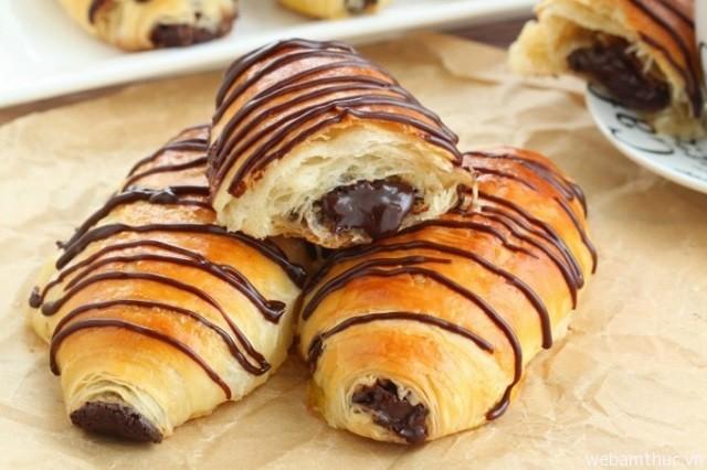 Hình 4 - Pain au chocolat là tinh hoa của ẩm thức Pháp