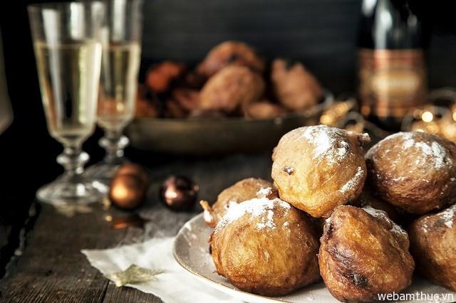 Hình 5 – Món bánh cho ngày đầu năm mới tốt đẹp ở Hà Lan