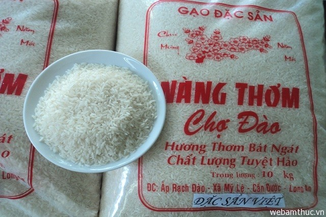 Hình 6 – Chỉ có vùng đất nơi đây mới có thể trồng và nhân giống loại gạo đặc sản này