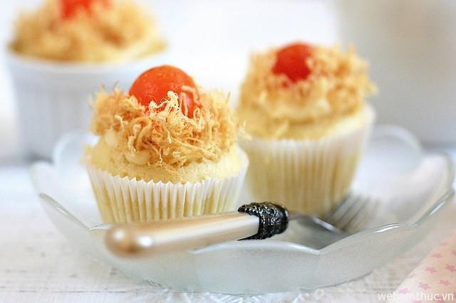Hình 9 – Bánh bông lan trứng muối có thơm ngon, ăn không bị ngán