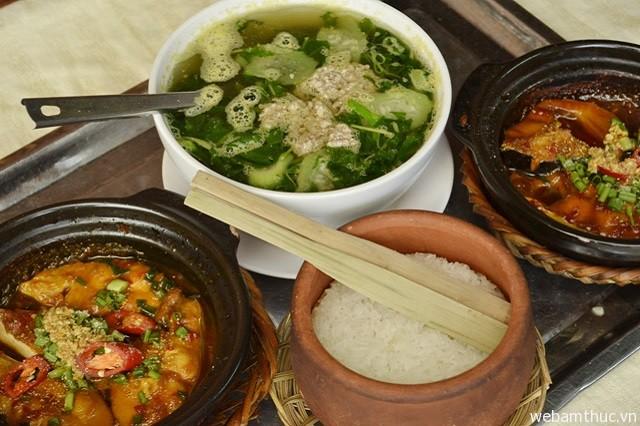Hình 9 - Cơm niêu là món ăn cực ngon, hấp dẫn thực khách xa gần