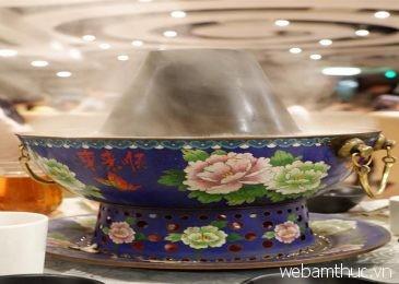 """Dong Lai Shun – Quán ăn nổi tiếng với món """"lẩu nước lã"""" ngon không tưởng"""