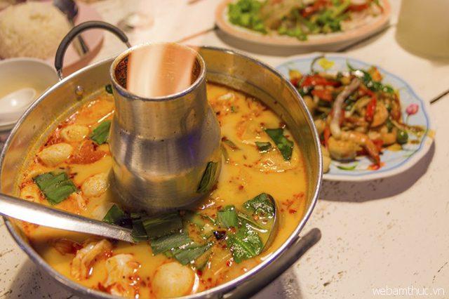 Tom Yum Kung là món súp truyền thống được yêu thích nhất của người Thái